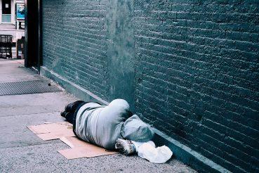 S01E31 Sint Pauluskerk helpt Rotterdamse daklozen
