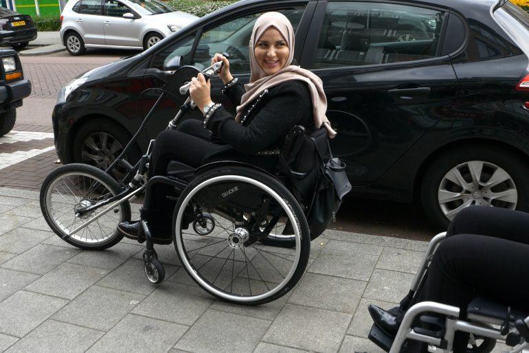 Chicks On Screen onderzoeken: leven in een rolstoel